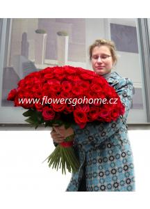 Kytice 101 růží