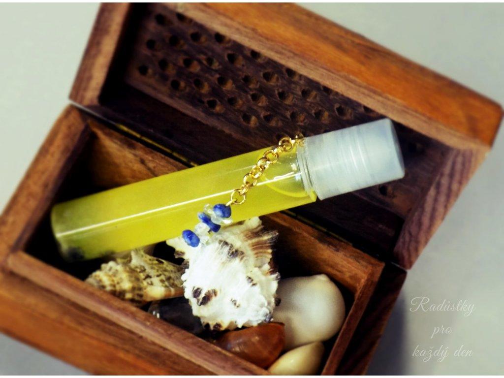 1325 olejovy parfem molo s perlovym praskem
