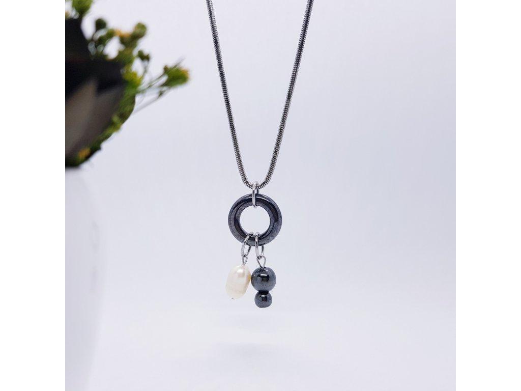 Karin Náhrdelník (hematit, perla, nerezová ocel)1