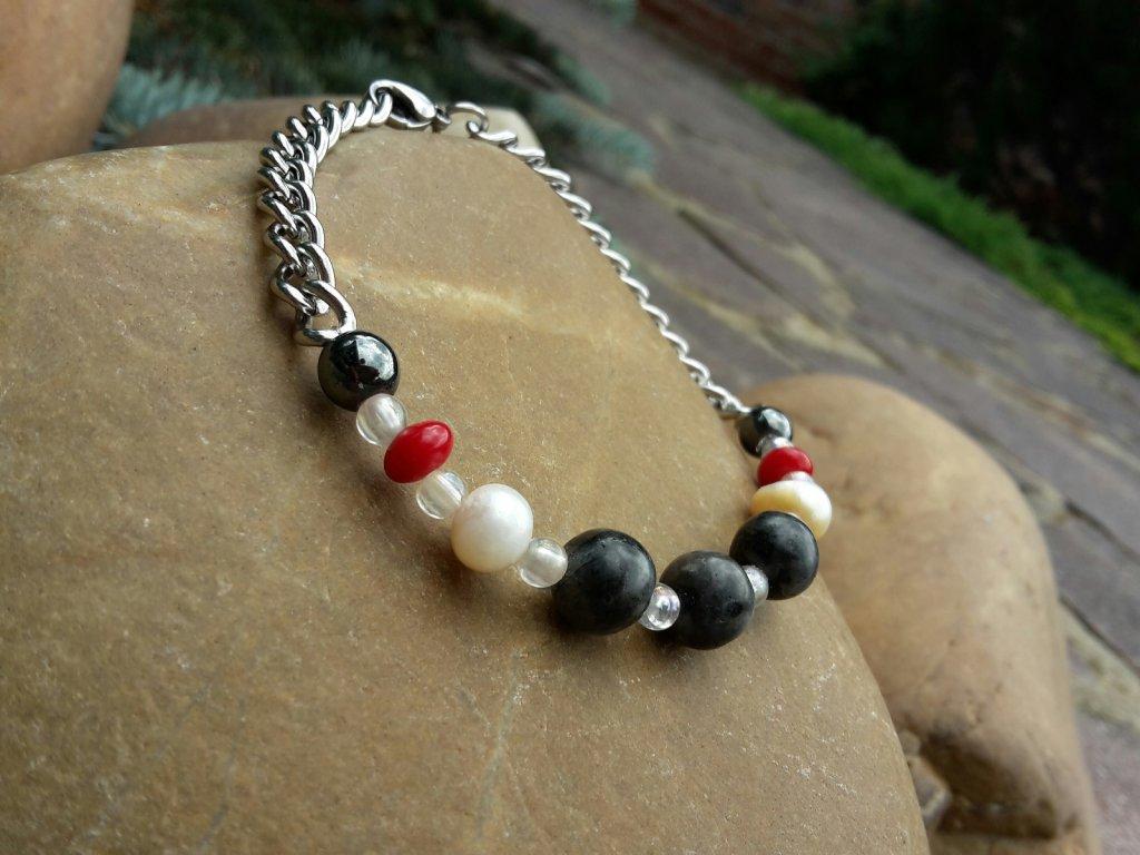 Kara Náramek (ocel, perly, minerály)1