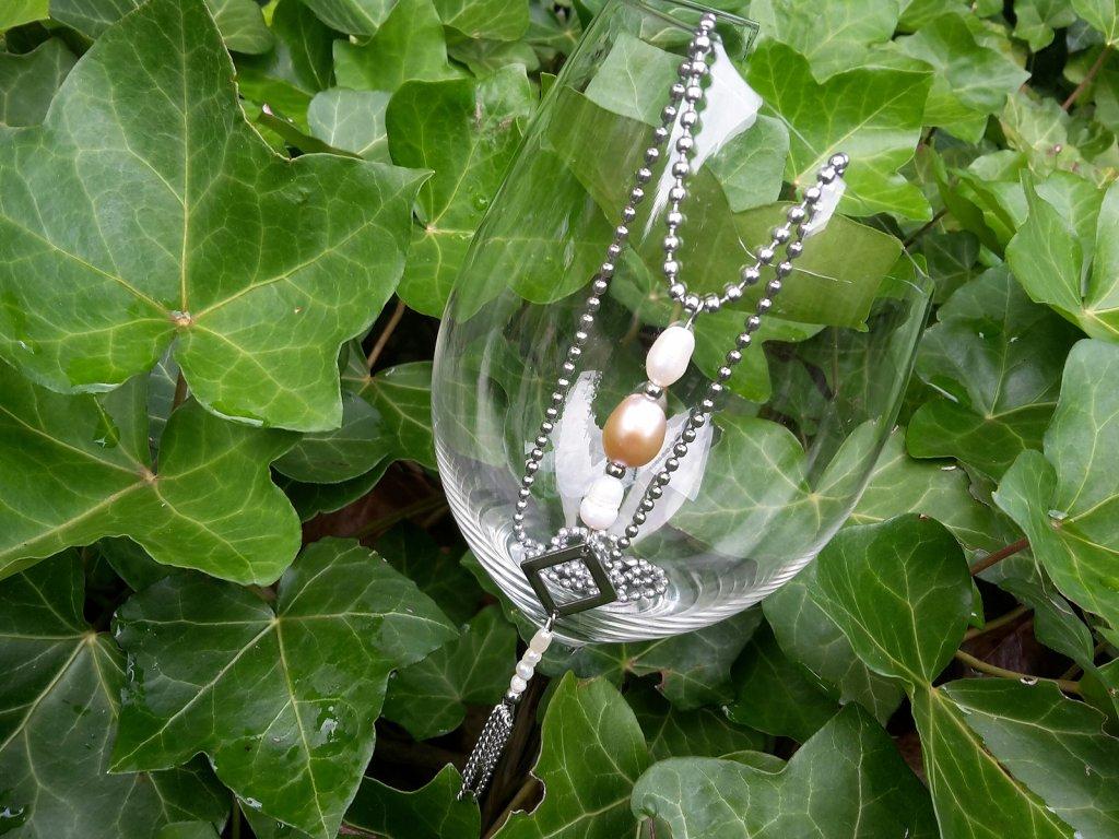 Ariana Náhrdelník (ocel a říční perly)1