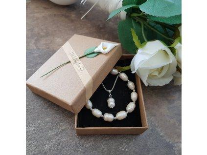 Sada šperků v krabičce (perly, nerezová ocel)1