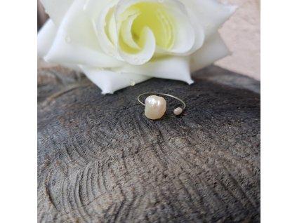 Perlení 17 Prstýnek (říční perly)1
