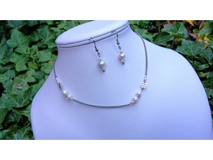 2007 sada nahrdelnik salli ocel ag perly nezne nausnice s ricnimi perlami a perleti