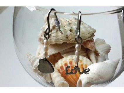 50 zamilovane nausnice love ocel a perly