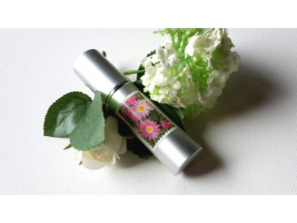 692 zkraslujici parfemova voda kvet stesti s perlami