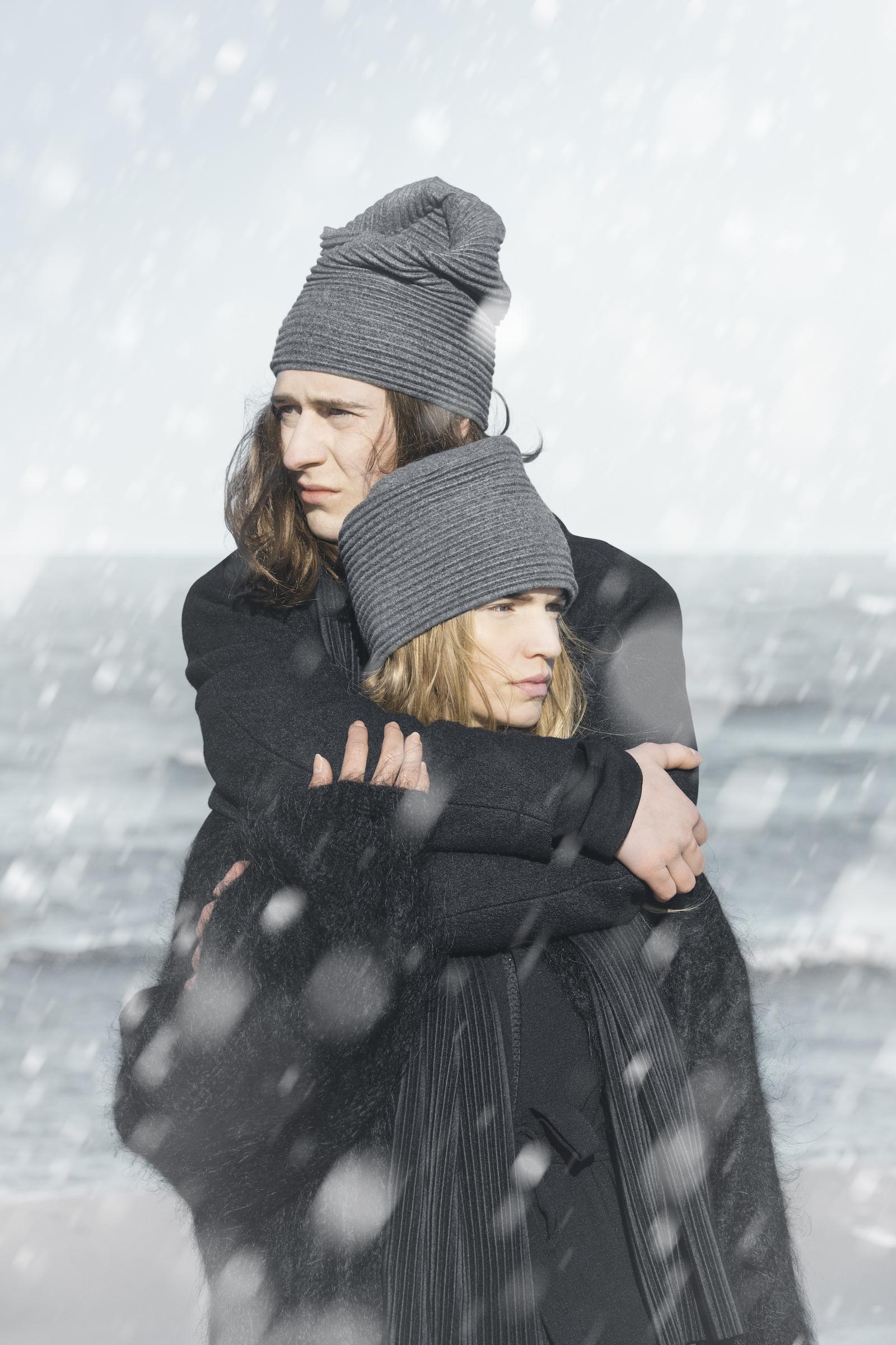 Pleece_Beanie&Hat-DarkGrey-Image2016