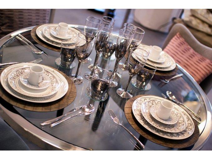 Jídelní stůl Luna