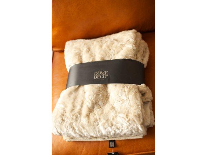 Přehoz přes postel 140x185 béžová kožešina