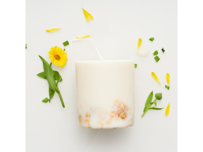 Marigold candle