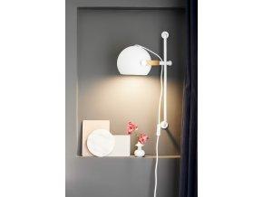 Nástěnná lampa DC dlouhá bílá
