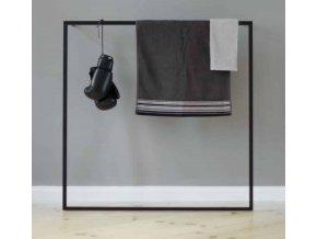 šatní rám - němý sluha na oblečení, ručníky a doplňky k opření o zeď