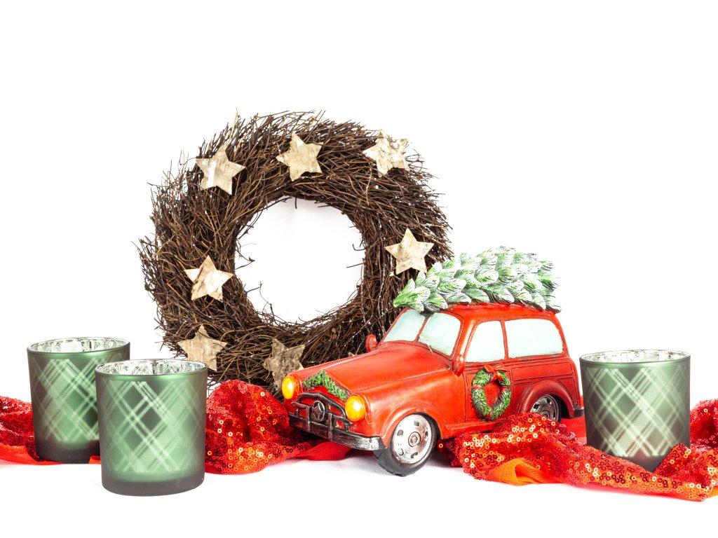 Věnec s autíčkem, svícny 3 ks a dekorační látkou