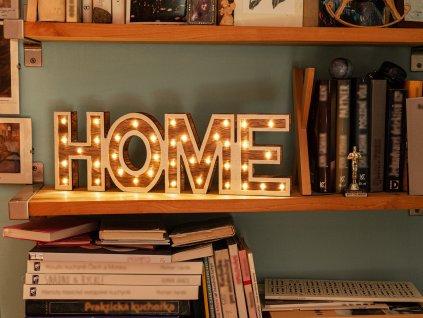 LED světelný nápis HOME 45 cm