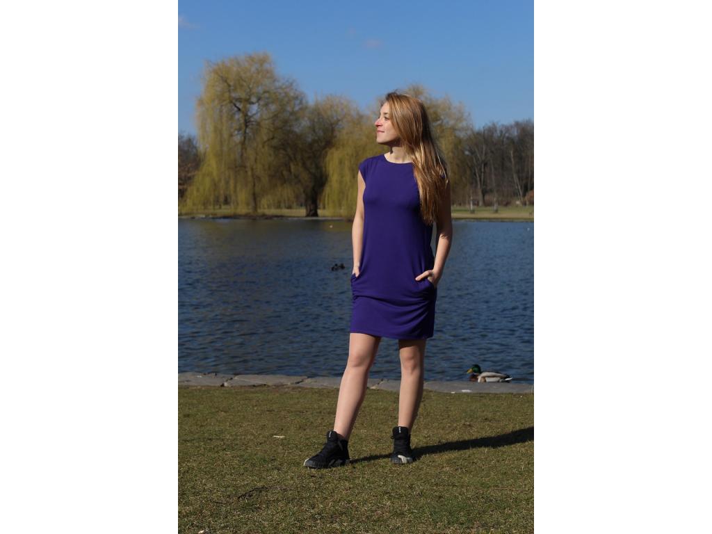 Šaty fialové s kapsami
