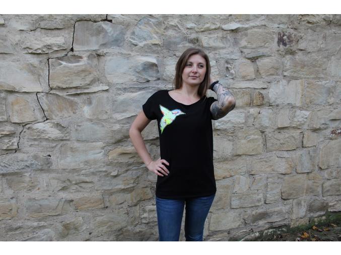 Černé tričko abstrakt ledňáček 2
