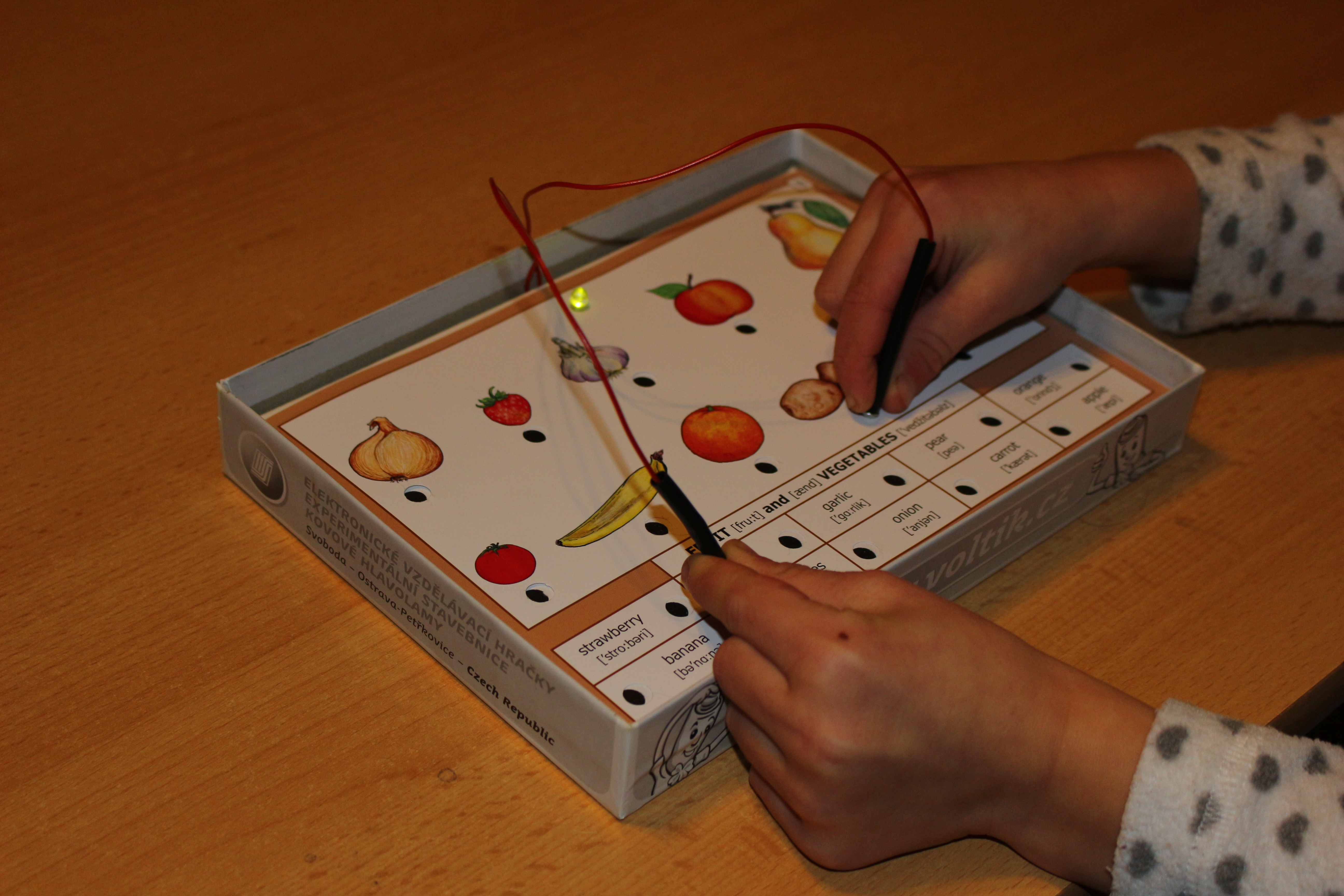 Hra - Elektrická hra Angličtina? Brnkačka! článek