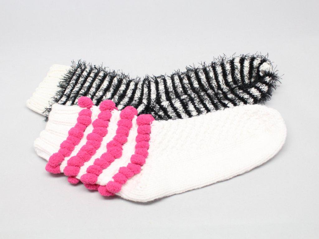 Ponožky pletené s aplikací