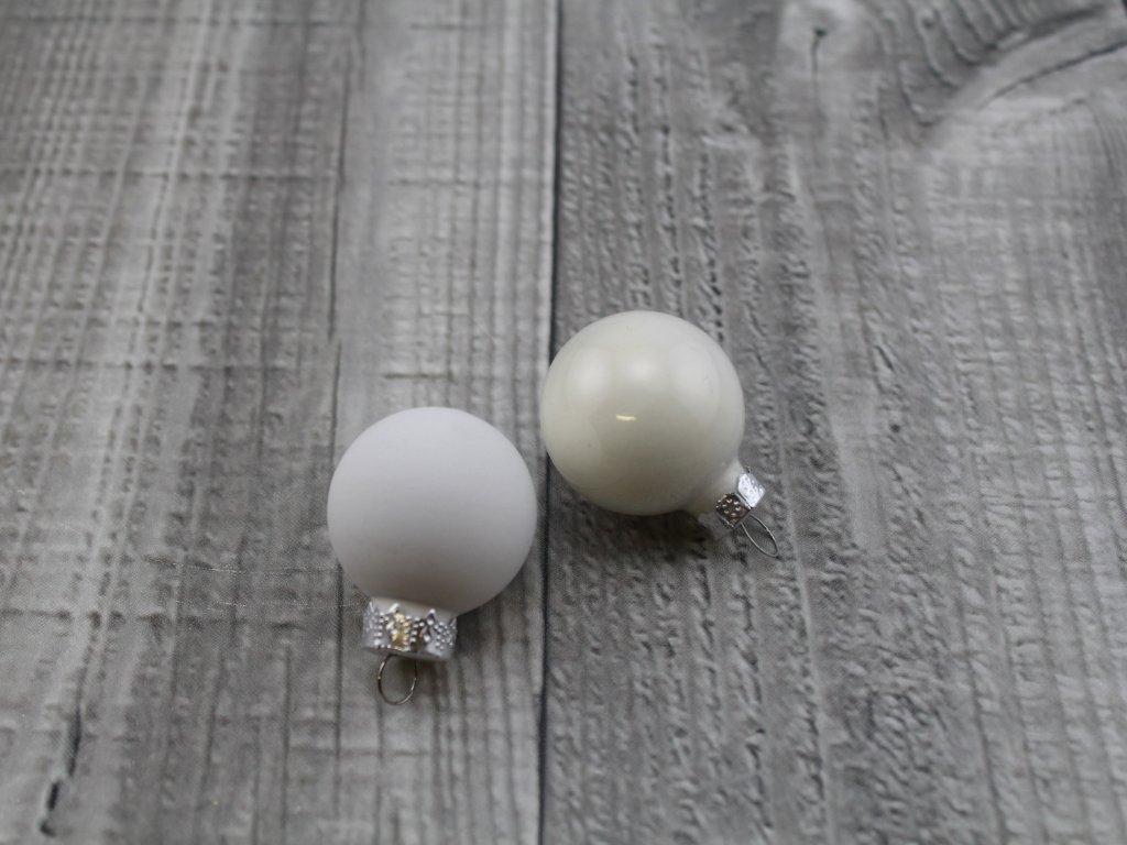 Skleněné kouličky závěsné-bílá