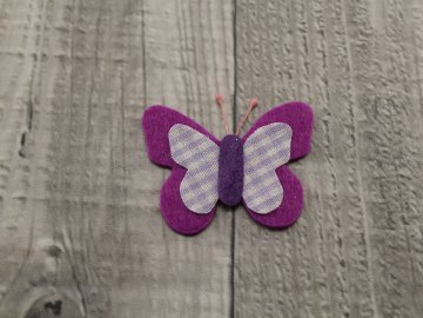 Motýl výsek fialový č3
