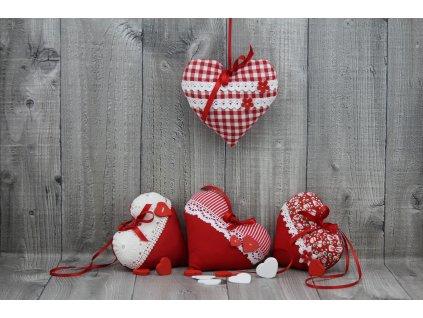 Srdce závěsné červené
