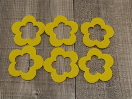 Květy pěna žluté