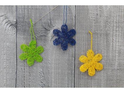 Květ sisal mini tříbarevný