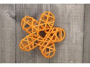 Květ ratanový oranžový