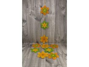 Girlanda květy sisal 10cm tříbarevná
