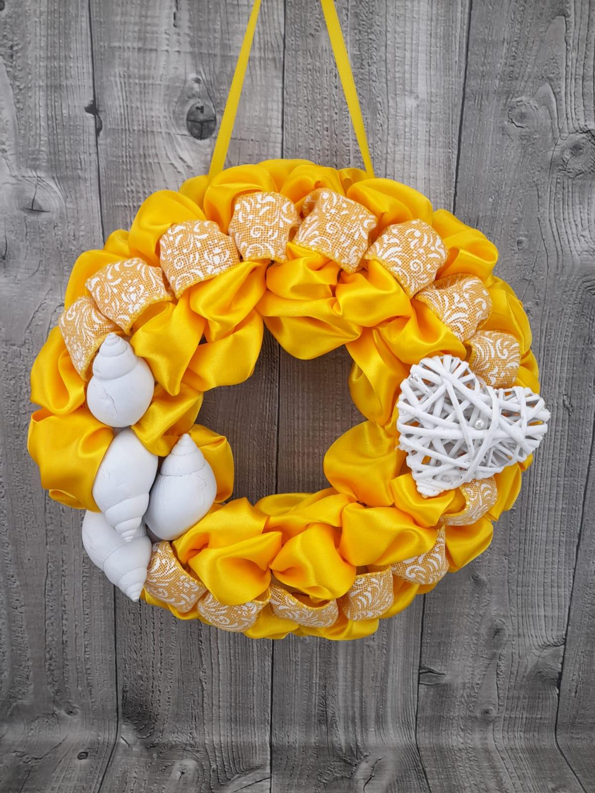 Věneček jarní žlutý