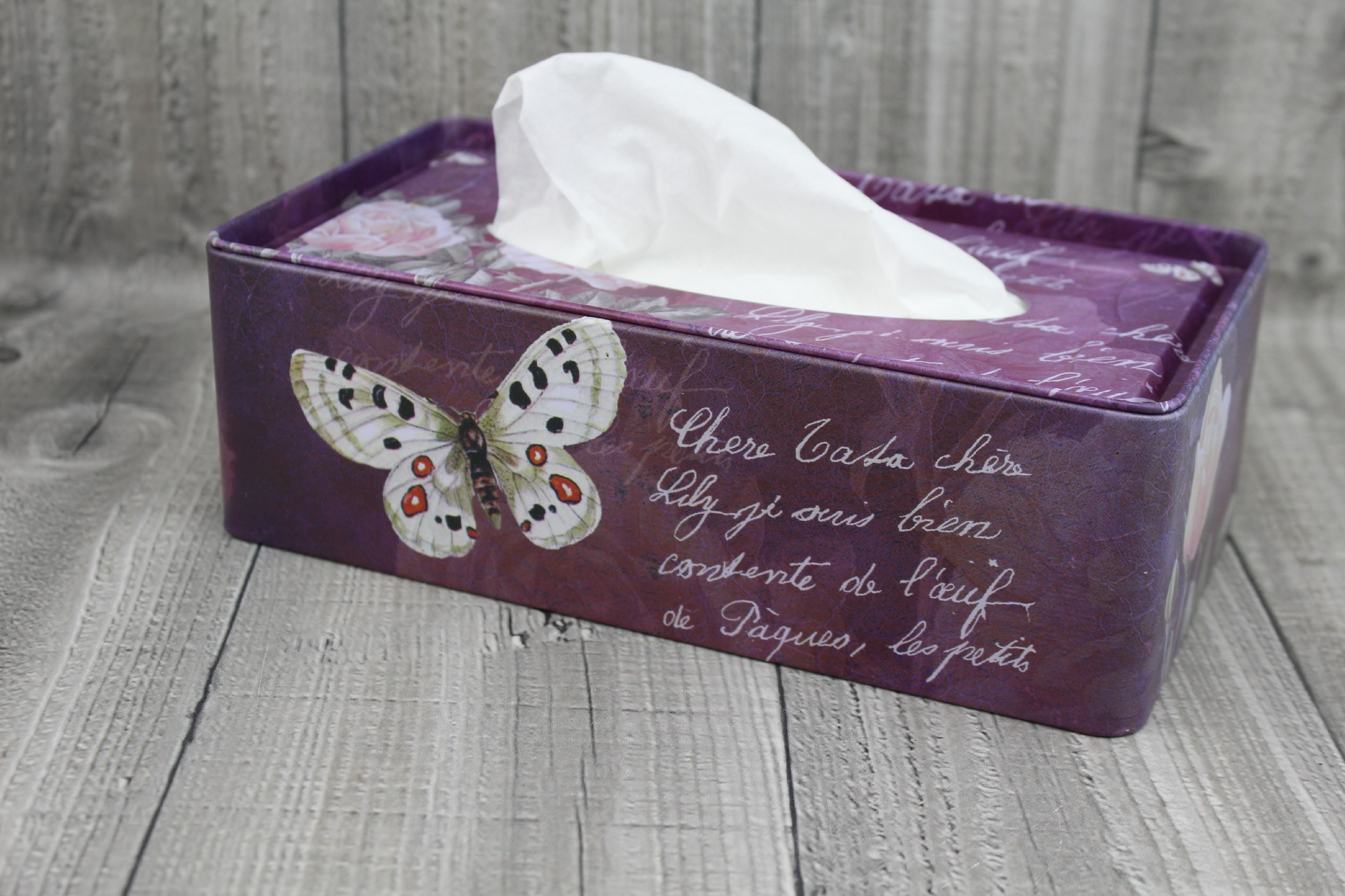 Krabice na kapesníky-bordo počet kusů: včetně kapesníčků