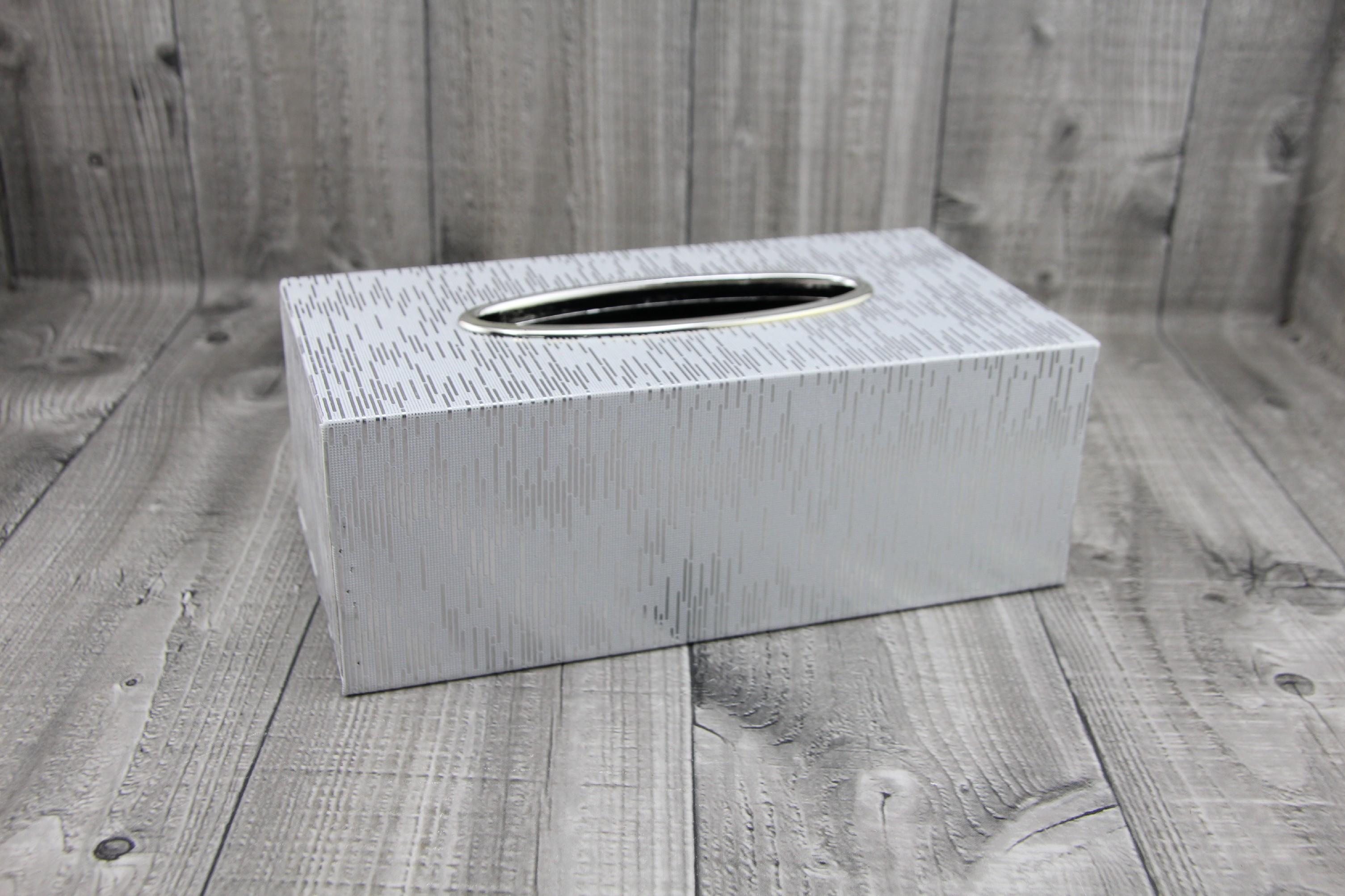 Krabice na kapesníky-bílostříbrná