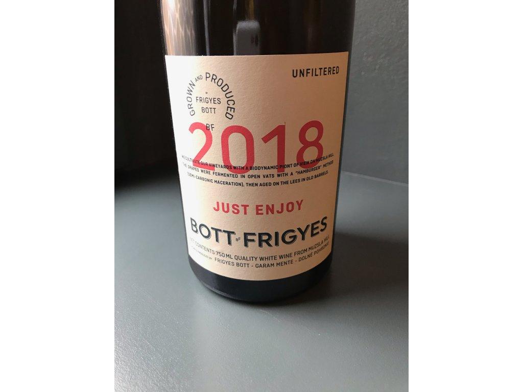 tramin-just-enjoy-2018-bott-frigyes-z-la-degustation