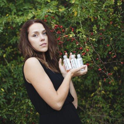 veronica-organics-set-prirodnich-samponu-pro-objem