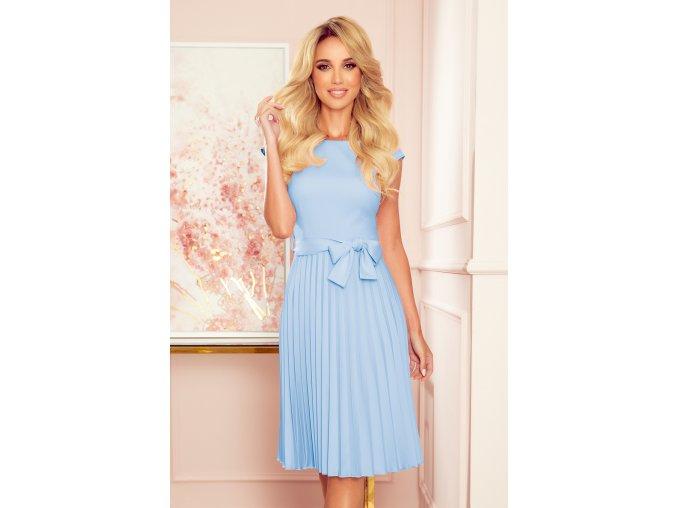 311-8 LILA Plisované šaty s krátkým rukávem - světlé modrá