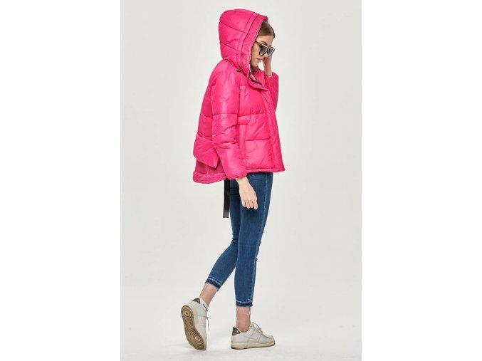 Krátka zimná prešívaná bunda