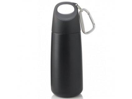 praktická malá černá láhev na vodu z nerezu