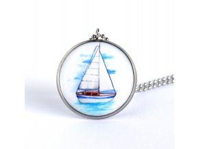 náhrdelník s plachetnicí