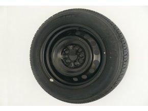 4-dielna nástenná sada vešiakov na pneumatiky