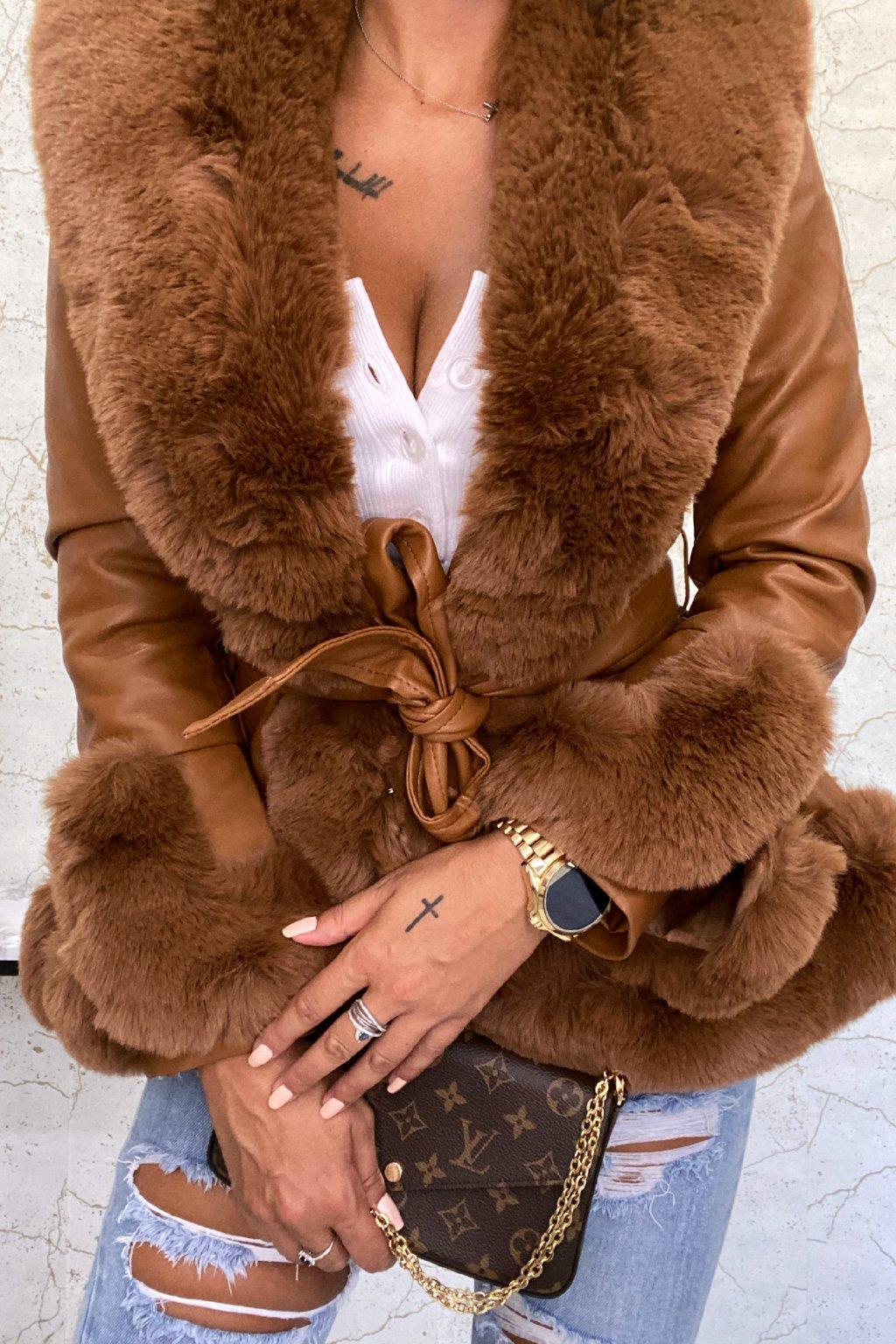 Camel kabát s kožešinou Candy