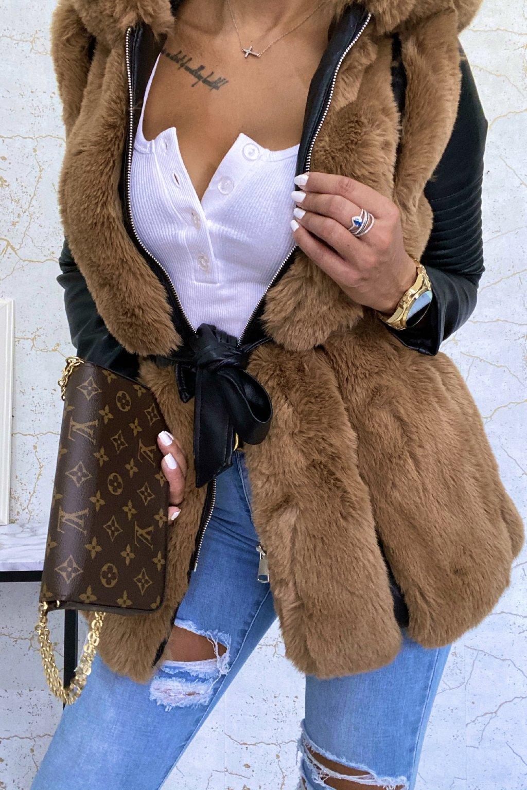 Černo-camel kožešinový kabát