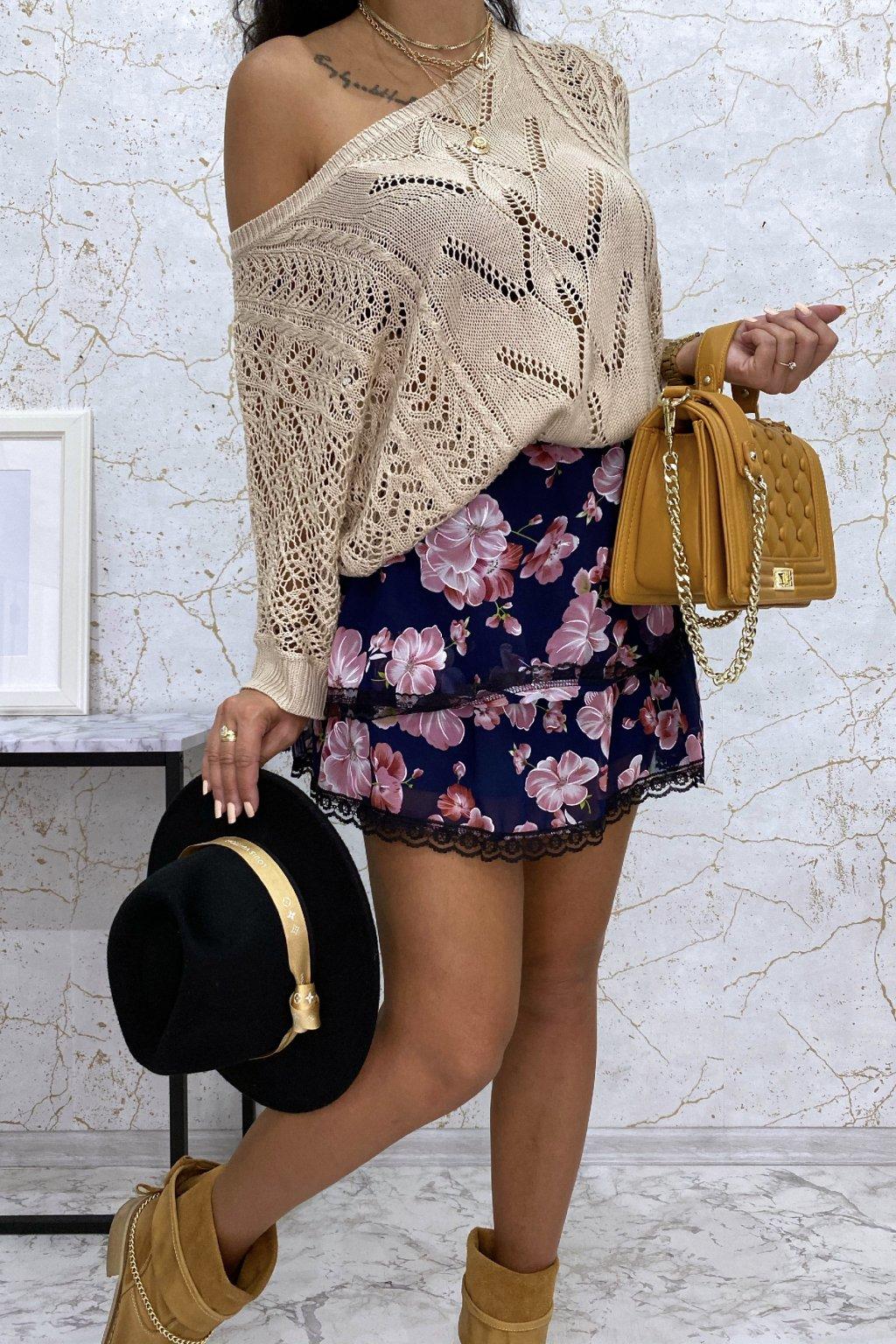 Volánová sukně s růžovými květy