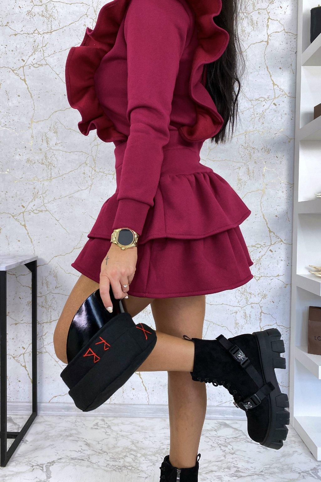 Dokonalý vínový komplet - mikina a sukně