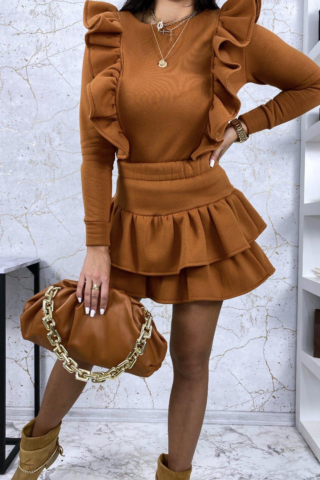 Dokonalý camel komplet - mikina a sukně