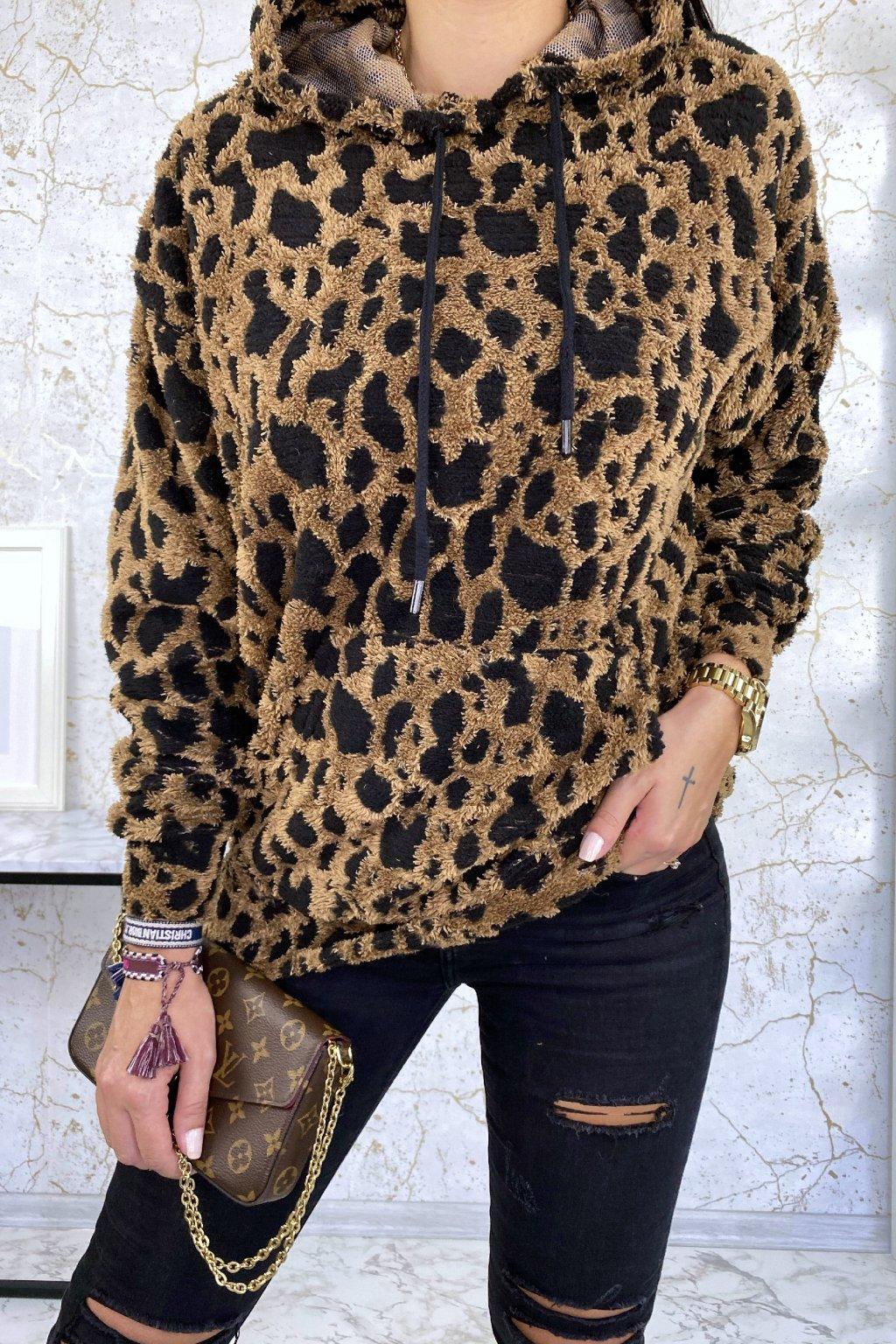 Plyšová mikina s leopard vzorem