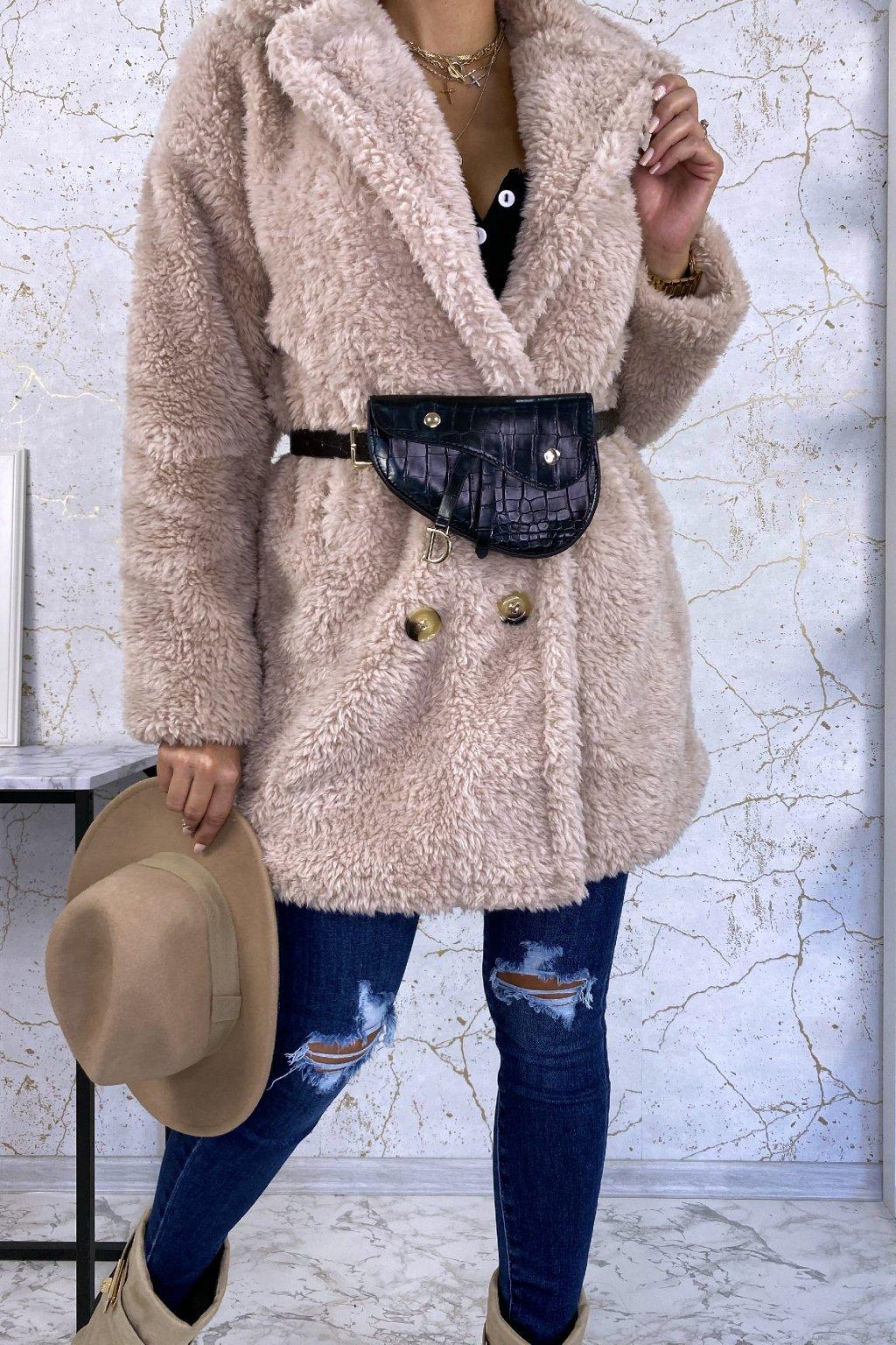 Béžový kabát Teddy