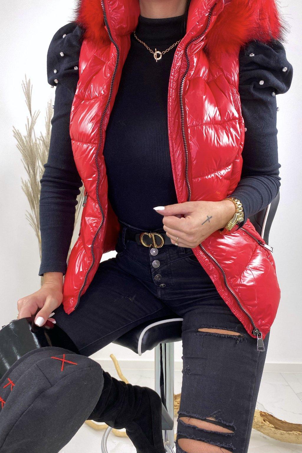 Červená vesta s kožešinou - Bianka