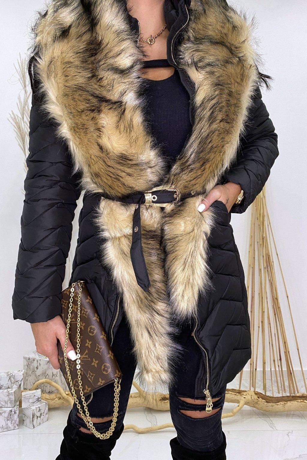 Černá zimní bunda s páskem a kožešinou - Mia