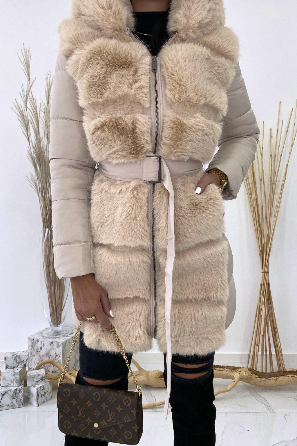 Béžová zimní bunda s kožešinou - Winter
