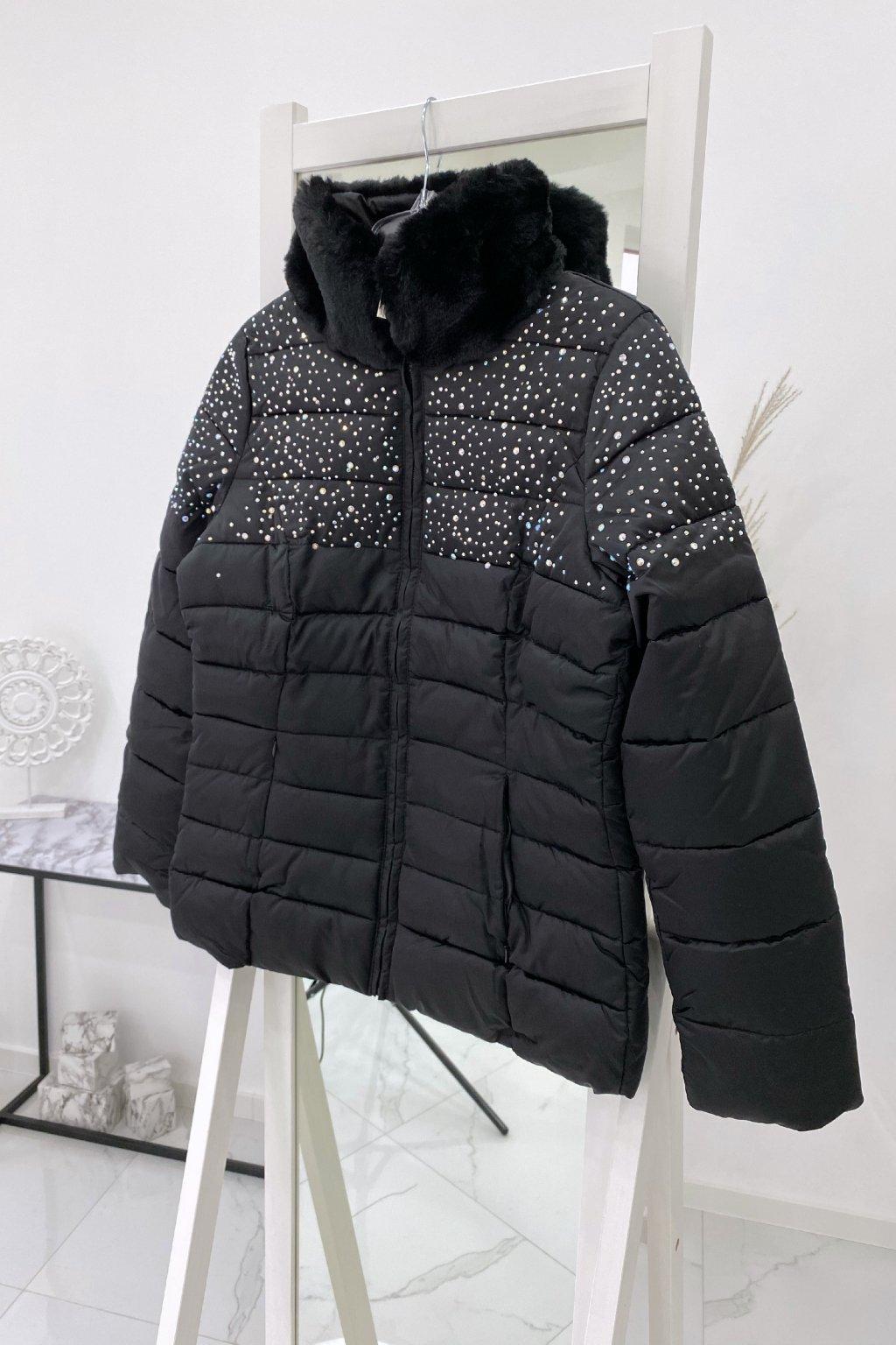 Zimní černá bunda s kamínky